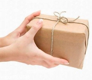 soñar con dar regalos